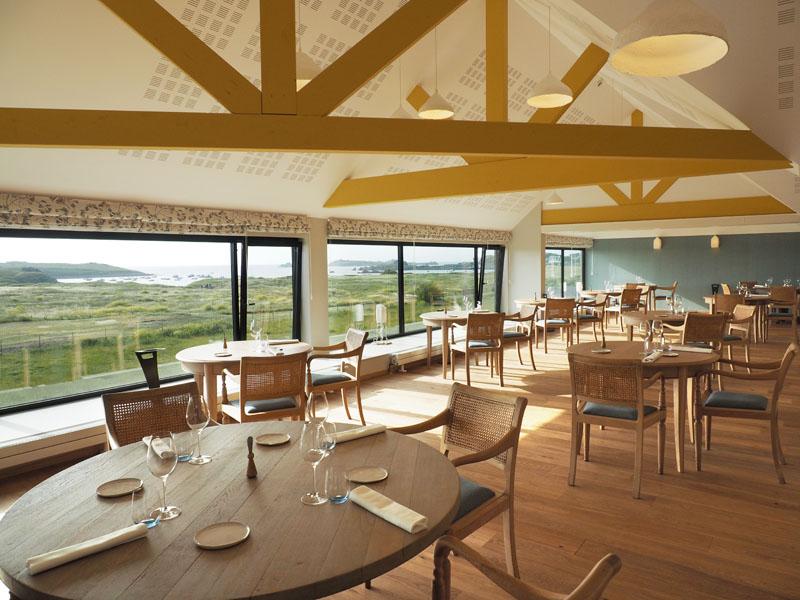Salle du restaurant la Dune du Château de Sable